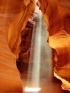450px-USA_Antelope-Canyon[1]